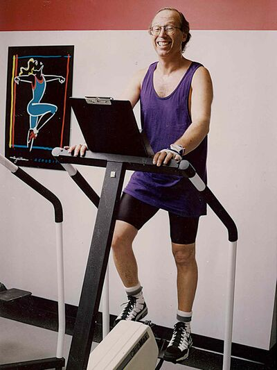 Former Winnipeg mayor Sam Katz gets in a workout at Seven Oaks General Hospital.