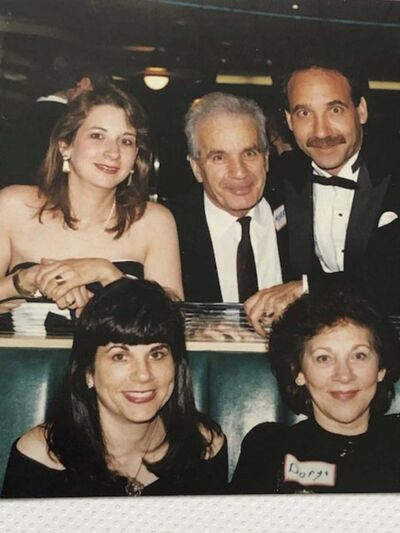 Gathering in 1990 to celebrate the 40th birthday of Les, top row right, were Tannis, front left, Dorys, front right; Glenda, top left, and Morris, top centre.</p>