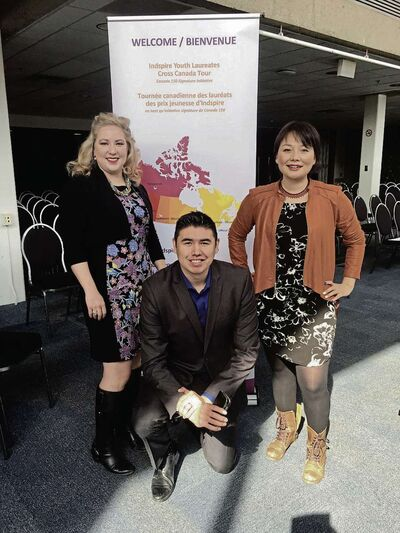 Indspire Laureate's Fauna Kingdon (left) Kendal Netmaker (middle) and Elizabeth Zarpa (right) at the University of Manitoba on April 27.
