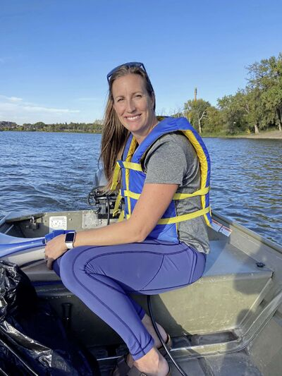 Janine Stephens is pictured on the Red River near Winnipeg Rowing Club recently.