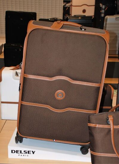 The Delsey Chatelet series is one of the lines that now has a braking system for eight-wheeled rolling luggage.</p>