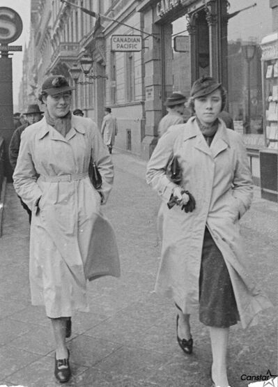 Irma Hiebert (left) and her sister Leni, walking in Berlin in 1941.