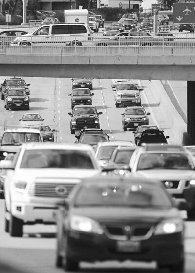 John Woods / Winnipeg Free Press filesTraffic on Route 90 can slow to a crawl during periods of peak demand.