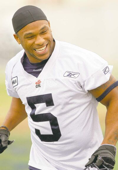 JOE BRYKSA / WINNIPEG FREE PRESSRunning back Chad Simpson has plenty to smile about these days. He had his best game as a pro last Friday.