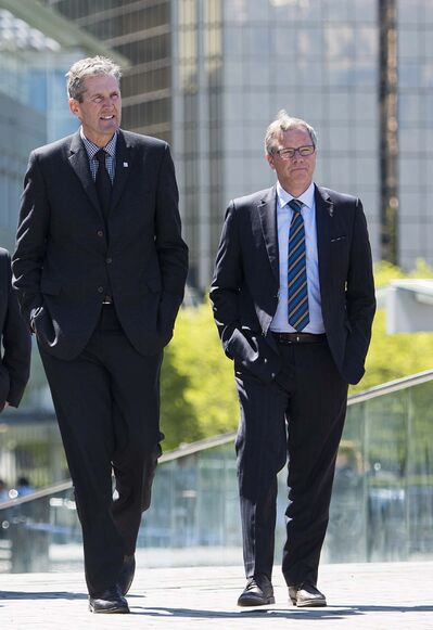 Jimmy Jeong / The Canadian Press files</p><p>NDP justice critic Andrew Swan says Premier Brian Pallister (left) should follow Saskatchewan Premier Brad Wall's (right) example and stop using private emails for government-related business.</p>