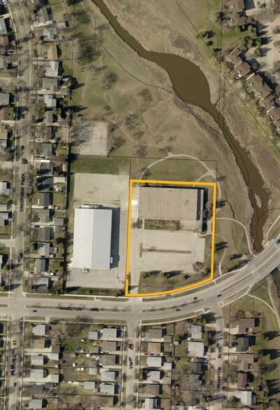 The land outlined in yellow will be sold for $1 to Manitoba Housing, which in turn will lease the property to the Bruce Oake Foundation for the establishment of the Bruce Oake Recovery Centre. (City of Winnipeg) </p>