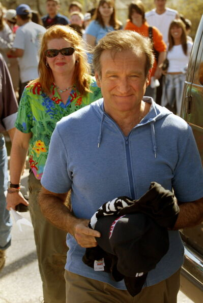 Movie star Robin Williams heads to his trailer after signing autographs during a break of movie shoot in the North End filming The Big White in Winnipeg in 2004.