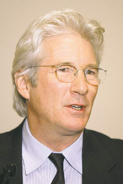 Actor Richard Gere speaks at the International Campaign for Tibet reception on Capitol Hill in Washington, Monday, March 9, 2009.(AP Photo/Alex Brandon)