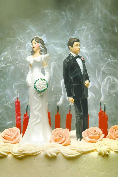 CHRIS MIKULA / POSTMEDIA NEWS ARCHIVESIf one member of a divorcing couple has handled the finances, the other could get a rude awakening.
