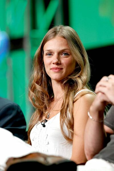Tracy Spiridakos makes jump to big time.