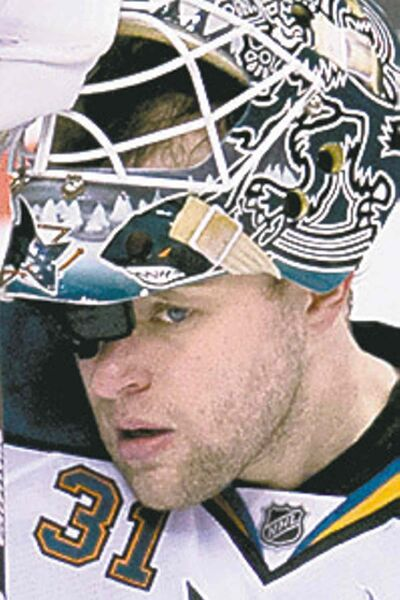 San Jose Sharks goaltender Antti Niemi. (Jonathan Hayward / The Canadian Press Archives)