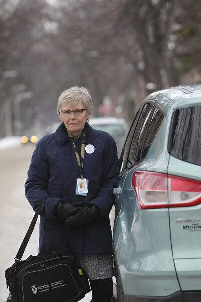 For home-care nurse Valerie Alderson, her car also serves as her office and supply room. (Ruth Bonneville / Winnipeg Free Press