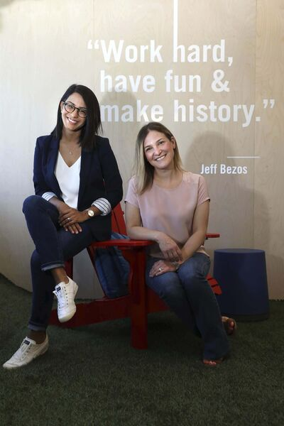 RUTH BONNEVILLE / WINNIPEG FREE PRESS</p><p>Maya Kotecha (left) and Carly Shuler co-founded Hoot Reading to connect kids with reading tutors — all of whom are certified teachers.</p></p>