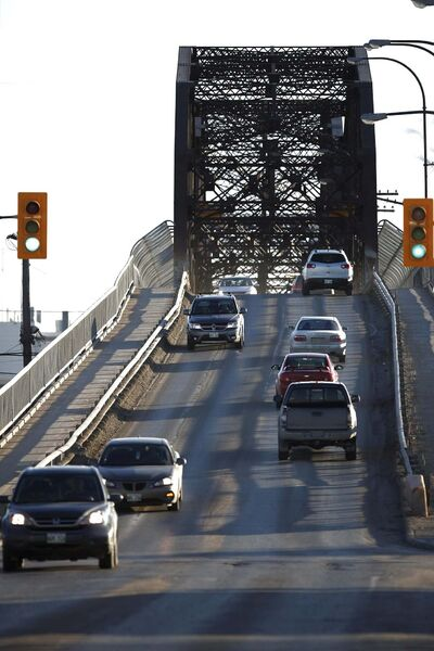 John Woods / Winnipeg Free Press Files</p><p>The 107-year-old Arlington Bridge was closed for 13 days for inspections and repairs.</p></p>