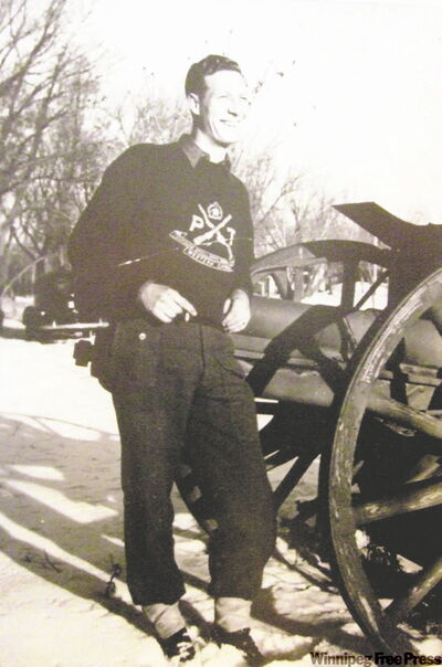 Al Lennox standing by a cannon at CFB Shilo. He was wounded on the road to Rome.