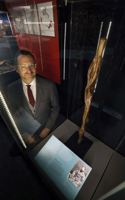 WAYNE GLOWACKI / WINNIPEG FREE PRESS FILES</p><p>Roland Sawatzky, Curator of History at the Manitoba Museum with display featuring Louis Riel&rsquo;s willow walking stick.</p>