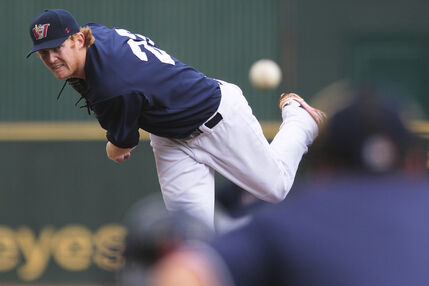 Goldeyes picher Ryan Bollinger had a strong game against the Gary Southshore RailCats.