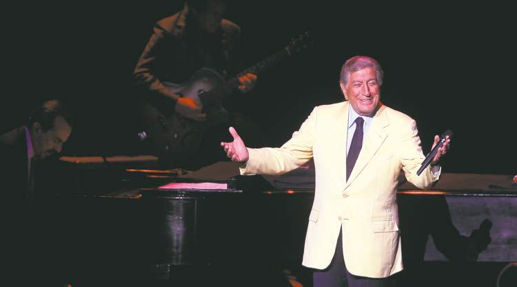 PHIL HOSSACK / WINNIPEG FREE PRESSTony Bennett croons his way through a selection of old standards Wednesday night in a performance that brought a Centennial Concert Hall audience to its feet several times.