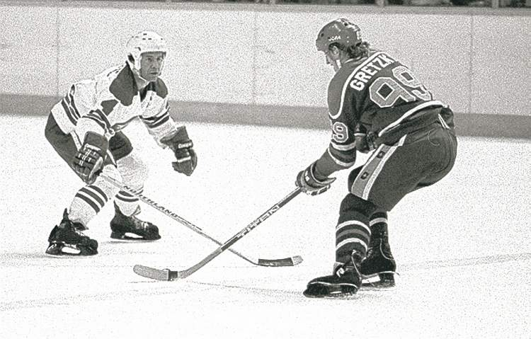 Wayne Gretzky tries to deke past Lars-Erik Sjoberg during a WHA playoff game against the Winnipeg Jets. The league had plenty of credibility, so why isn't Alton White getting his due?
