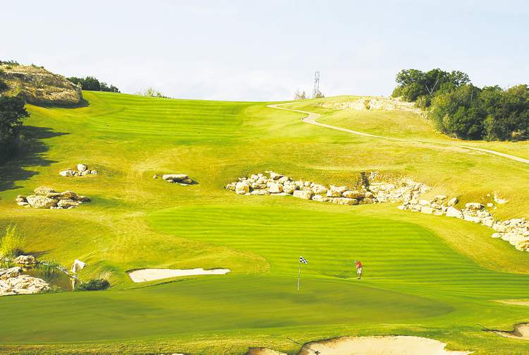 Texas Hill Country golf offers courses for every skill level at  attractive winter prices.