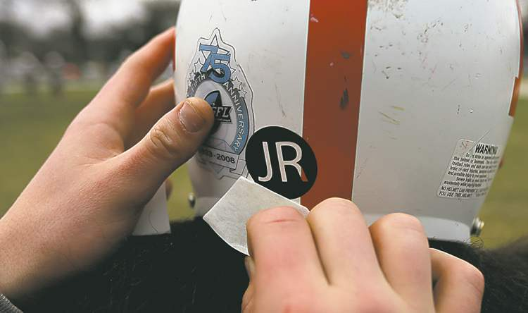 Kelvin Clippers' players will be wearing decal honouring Julia Romanow.
