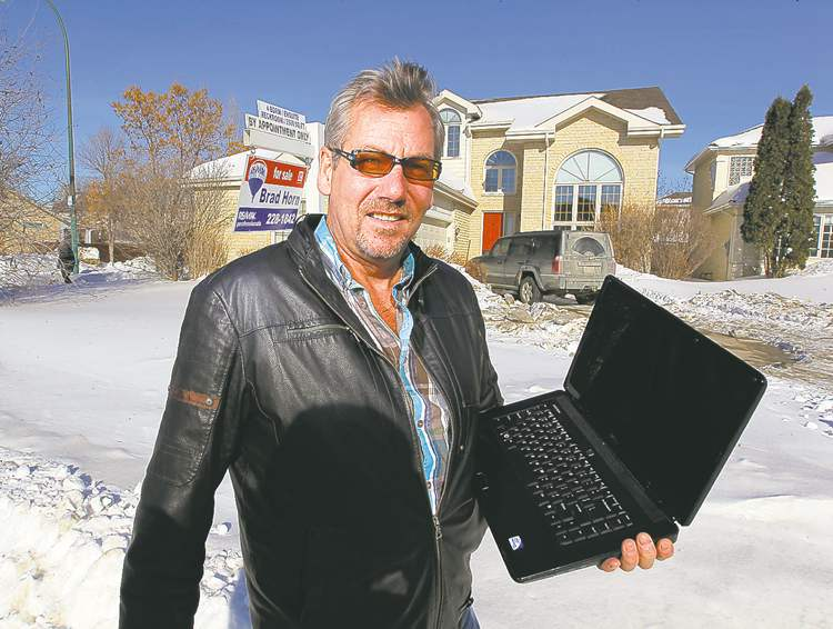 BORIS MINKEVICH / WINNIPEG FREE PRESSExcept for a few personal items, and his dog, Kerry Hogan is selling all his possessions to follow his dream.