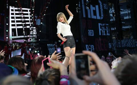 Taylor Swift dazzles her fans Saturday at Investors Group Field.
