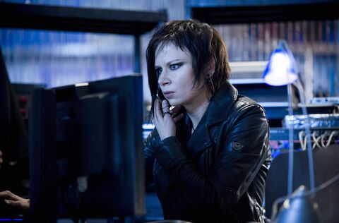 Mary Lynn Rajskub as Chloe O'Brian.