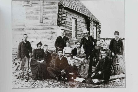 Shot of Clan Back Row: Cecil, Edwy, Mr. Criddle, Stuart,  Middle Row: Else, Evelyn, Julia, Mrs Criddle holding Alma, Maida, Beatrice,  Front Row: Norman, Talbot, Harry Kohler Photo.