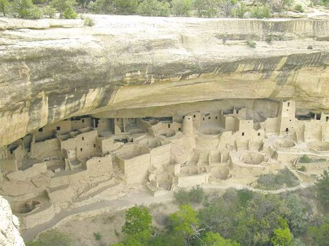 Mesa Verde National Park in Colorado, where the Anasazi people built cliff dwellings between 600 and 1200 AD.
