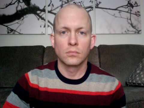 Oh look, I appear to be even more miserable at the outset of the beard-growing.
