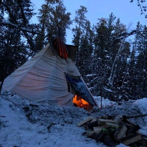 Camp Morning Star one-year anniversary feast and gathering at Turtle Lodge in Sagkeeng Manitoba on Feb. 15, 2020. (Kevin Settee photo)</p>