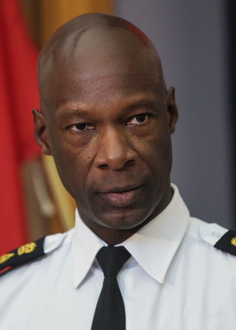Winnipeg Police Service Chief Devon Clunis says he 'felt it was important to notify the public' of how a 911 call about a fight that led to a fatal shooting was handled.
