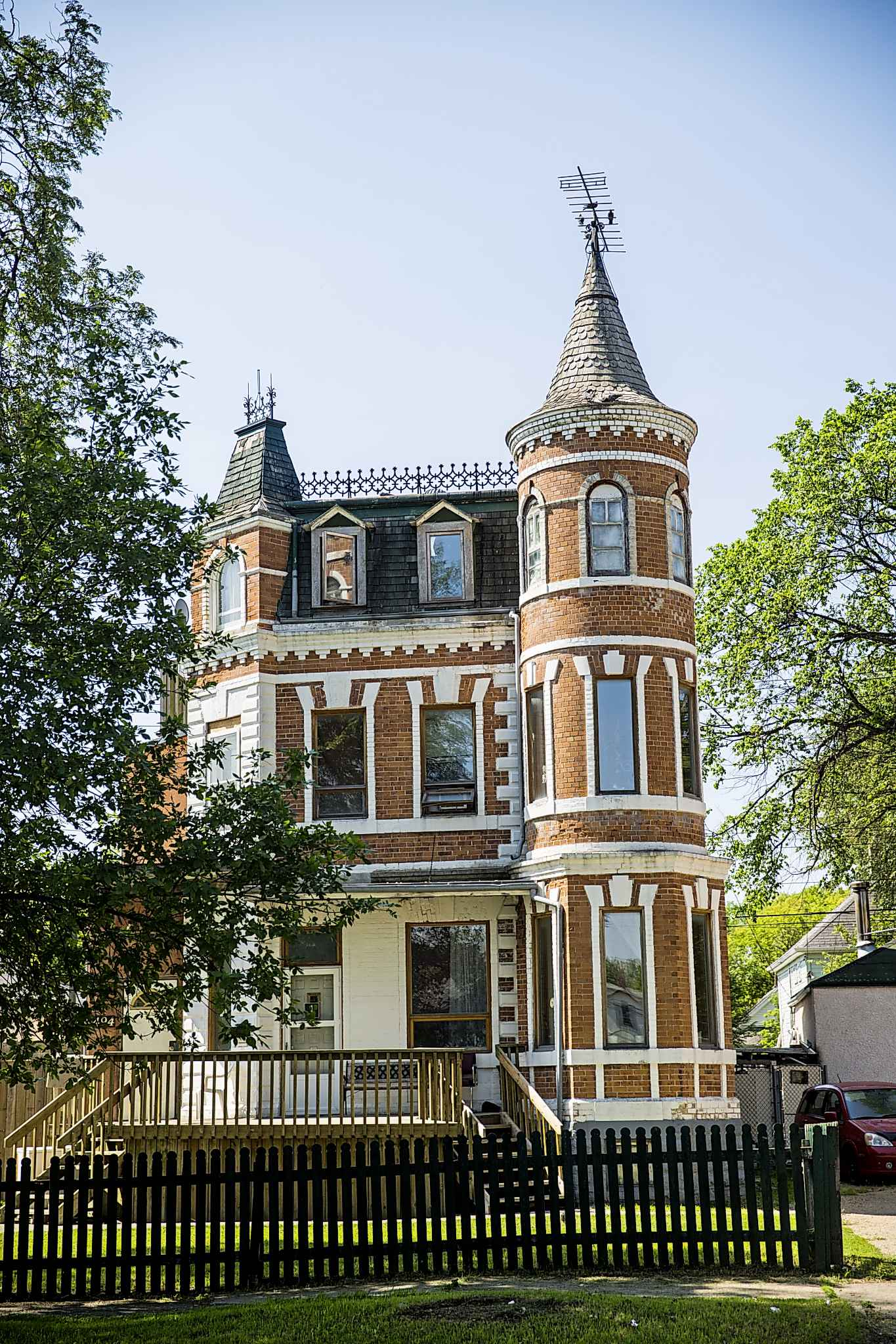 """494 College Ave. is also known as 'the castle"""". (Mikaela MacKenzie / Winnipeg Free Press)"""
