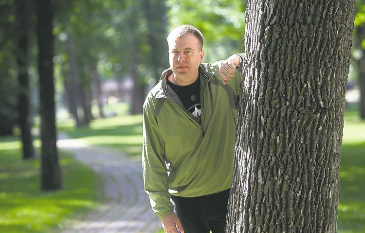 Todd Neil is lobbying the province to pay for screening for Lynch Syndrome, a condition connected to colorectal cancer.