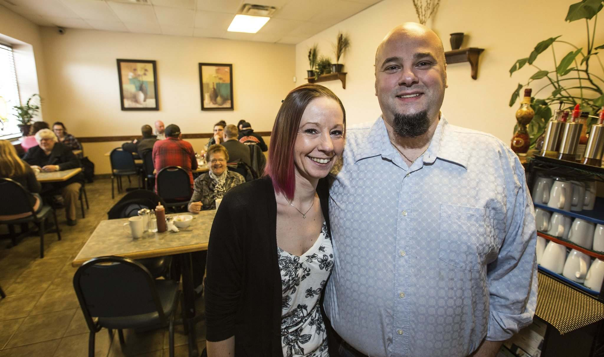 PHOTOS BY MIKE DEAL / WINNIPEG FREE PRESS</p><p>Samantha Vlahos and her husband, Pete Vlahos, admit their restaurant is nothing fancy, but that doesn't stop many from coming in on a regular basis to enjoy the homestyle cooking.</p></p>