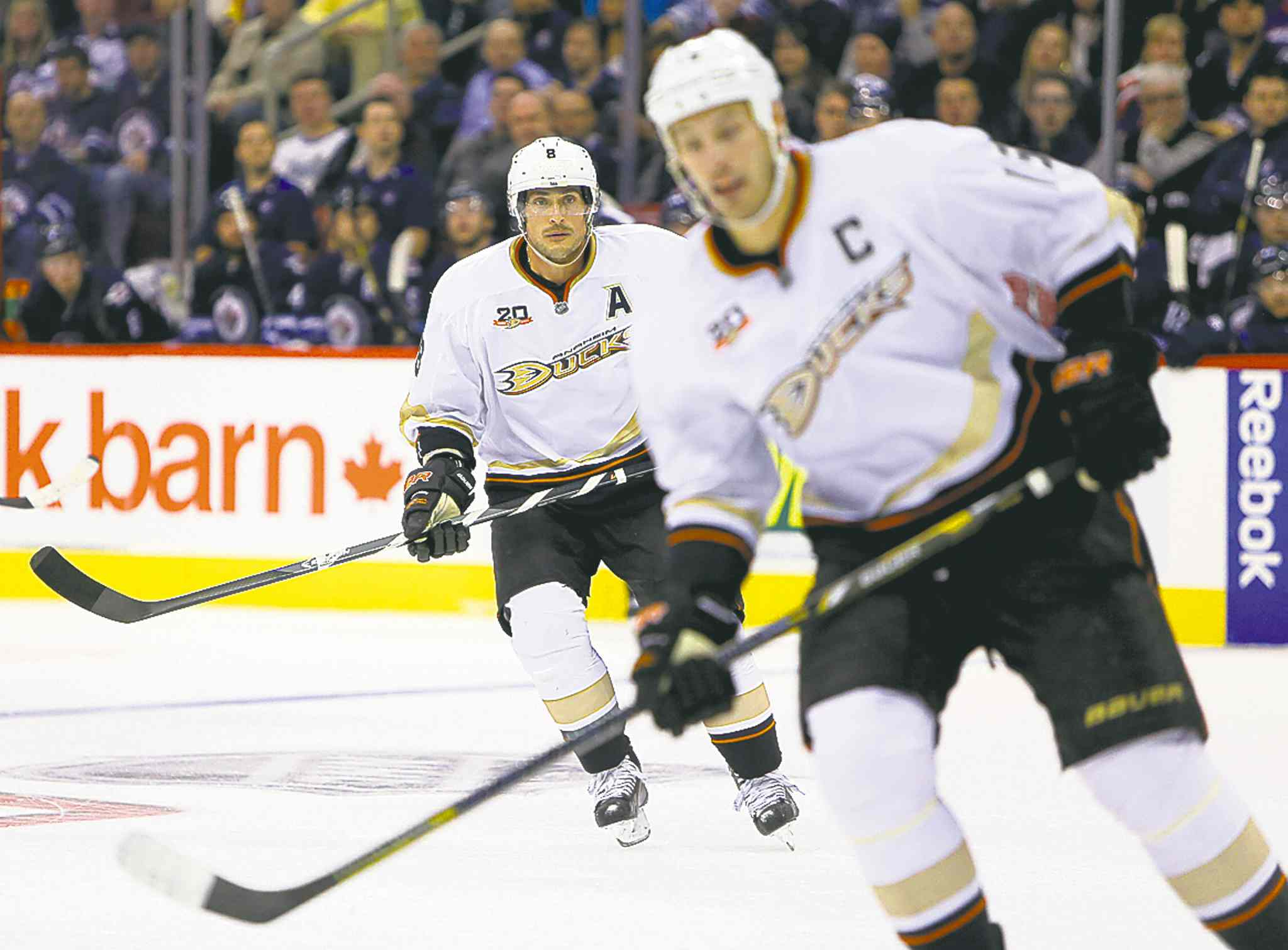Ducks' Teemu Selanne (back) and Ryan Getzlaf in action at the MTS Centre Sunday night.