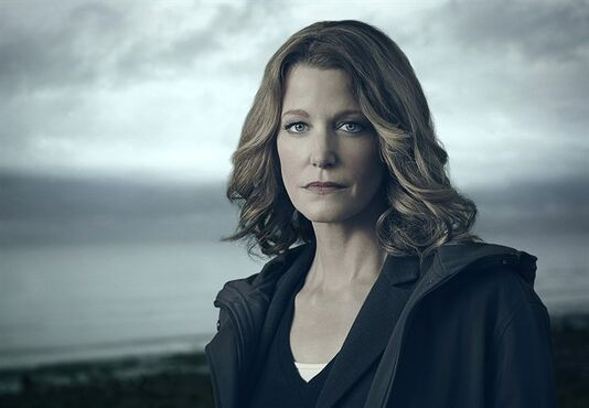 "Anna Gunn stars as Detective Ellie Miller in ""Gracepoint,"" premiering Thursday on Global. THE CANADIAN PRESS/ho-Mathieu Young/FOX-Shaw Media"