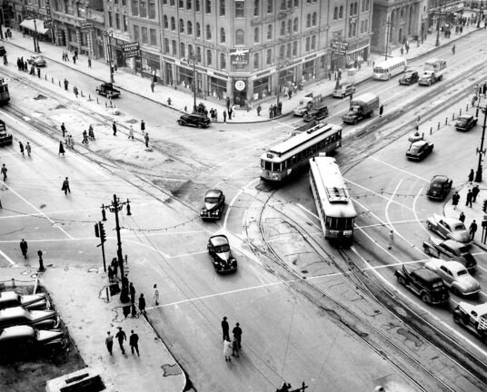 Portage and Main in the days of the Winnipeg Electric Company&rsquo;s streetcar service, which operated until September 1955. (Winnipeg Free Press files)</p>