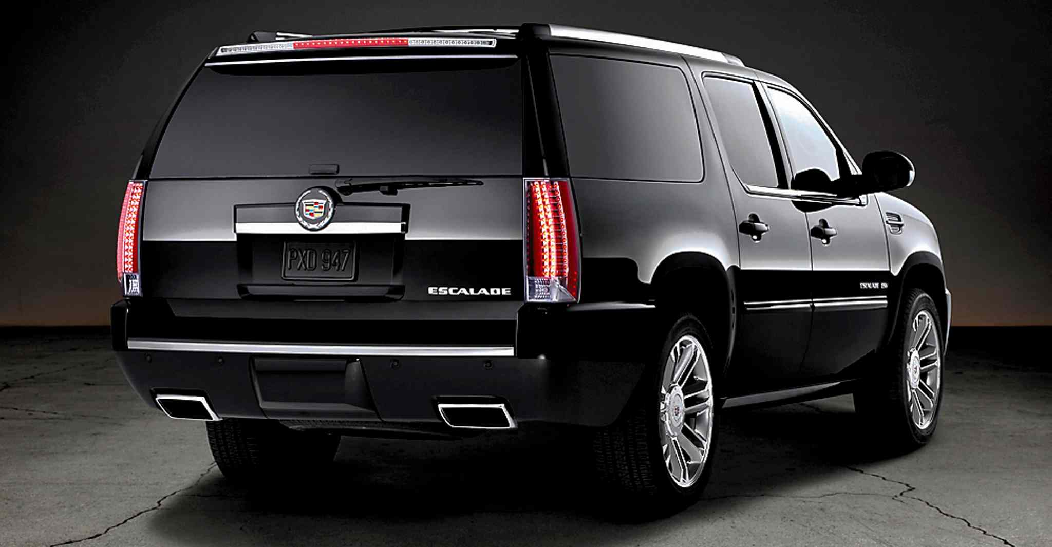 Many lesser pickups offer more utility and comparable luxury, so the Cadillac Escalade EXT is driving off into the sunset.