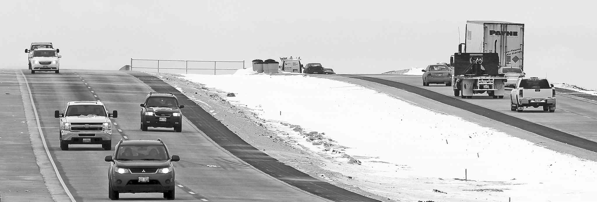 Motorists venturing onto Manitoba highways will soon be able to find out what conditions are like before leaving home, thanks to new webcams being installed by the province.