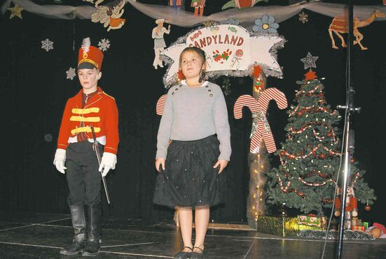 The lead actors from the second show of the R.F. Morrison School production of The Nutcracker were Evan Banera ( Nutcracker) and Emily Radlinsky (Marie).