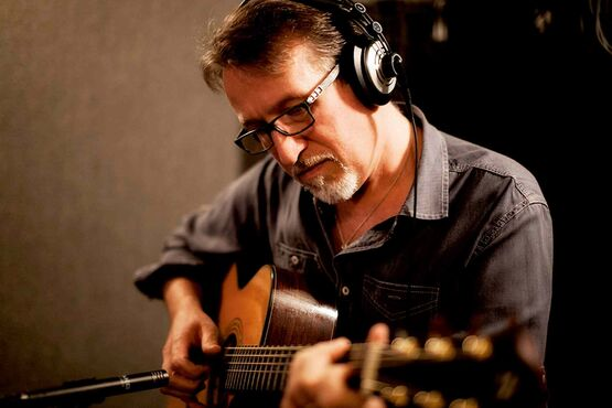 East Kildonan-based singer-songwriter Steve Bell's 18th studio album, Pilgrimage, comes as the artist celebrates 25 years in the music business.
