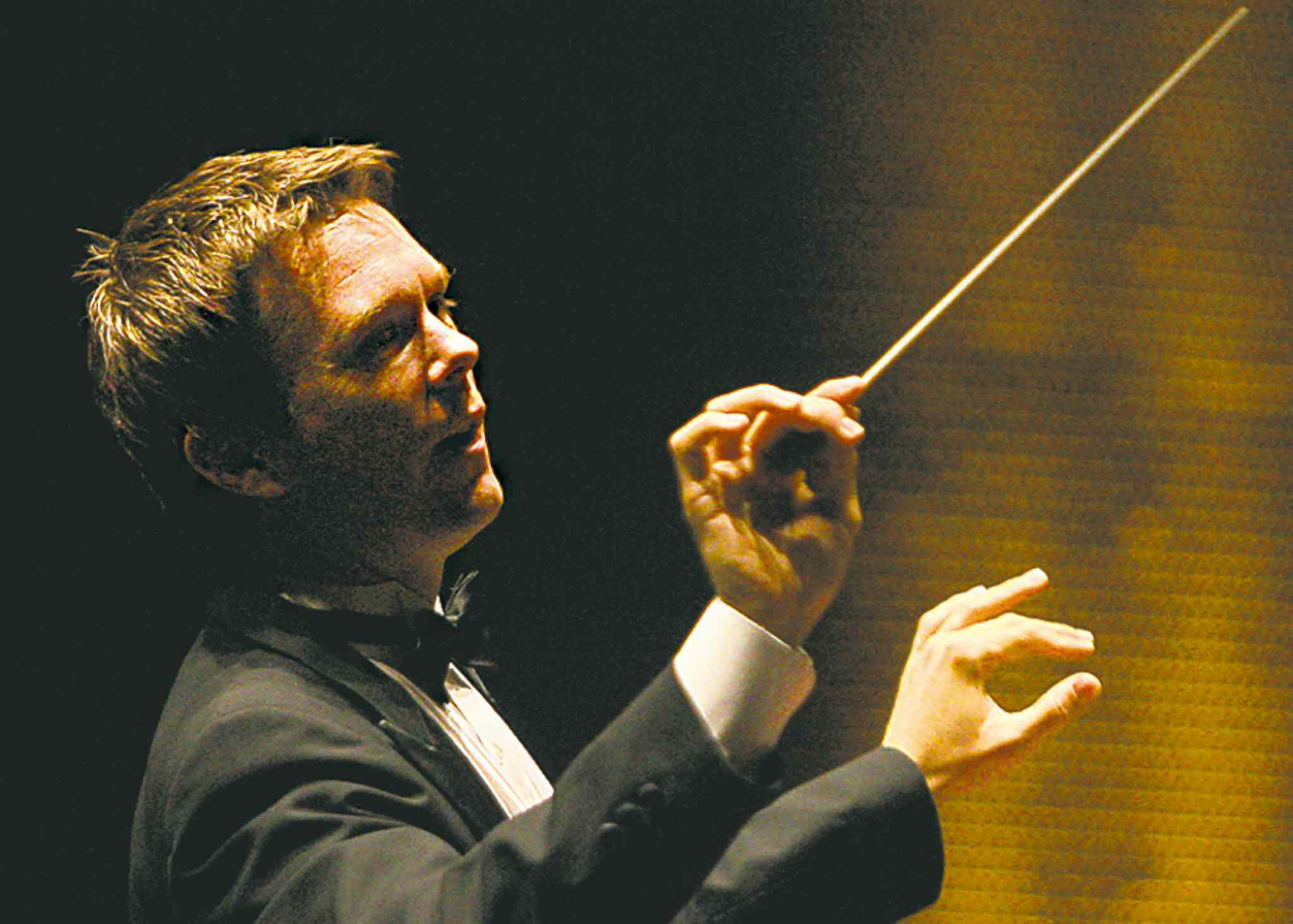 Alexander Mickelthwate's WSO will have plenty of fans from Manitoba in New York.