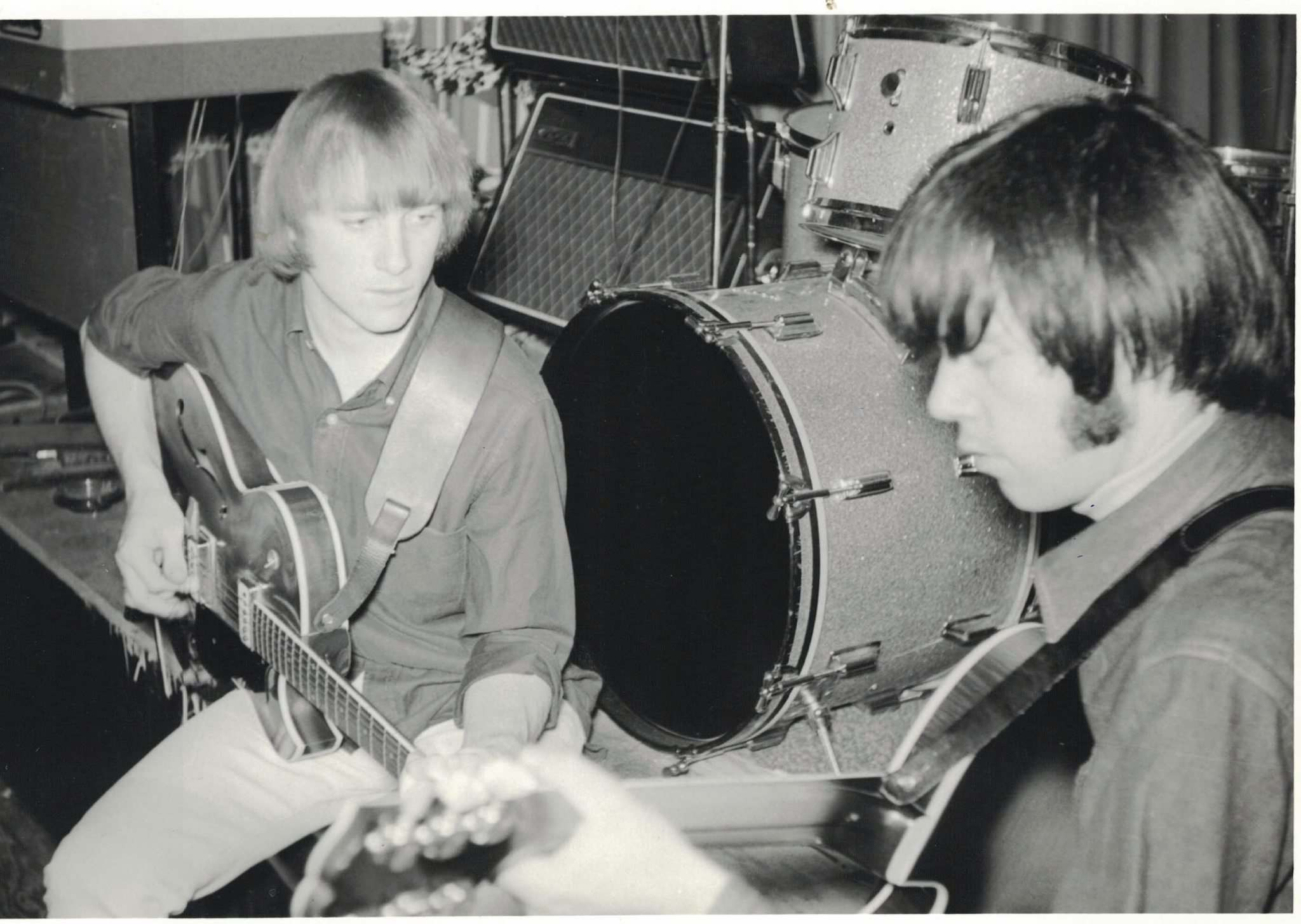 Stills and Young rehearse at the Whisky a Go Go club on borrowed guitars in May 1966.</p>