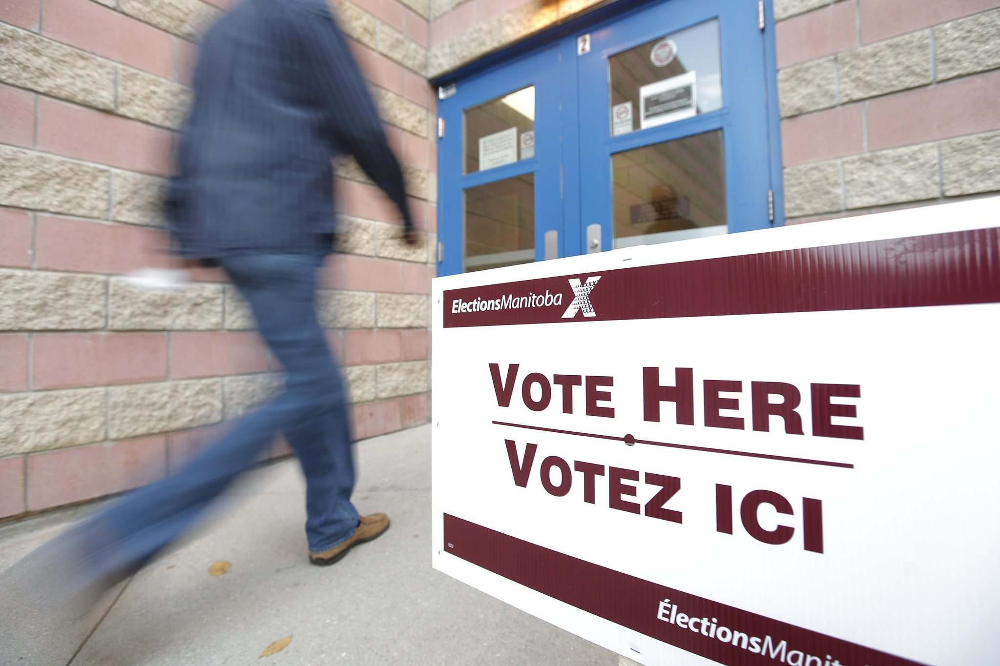 A Manitoba election polling station </p>