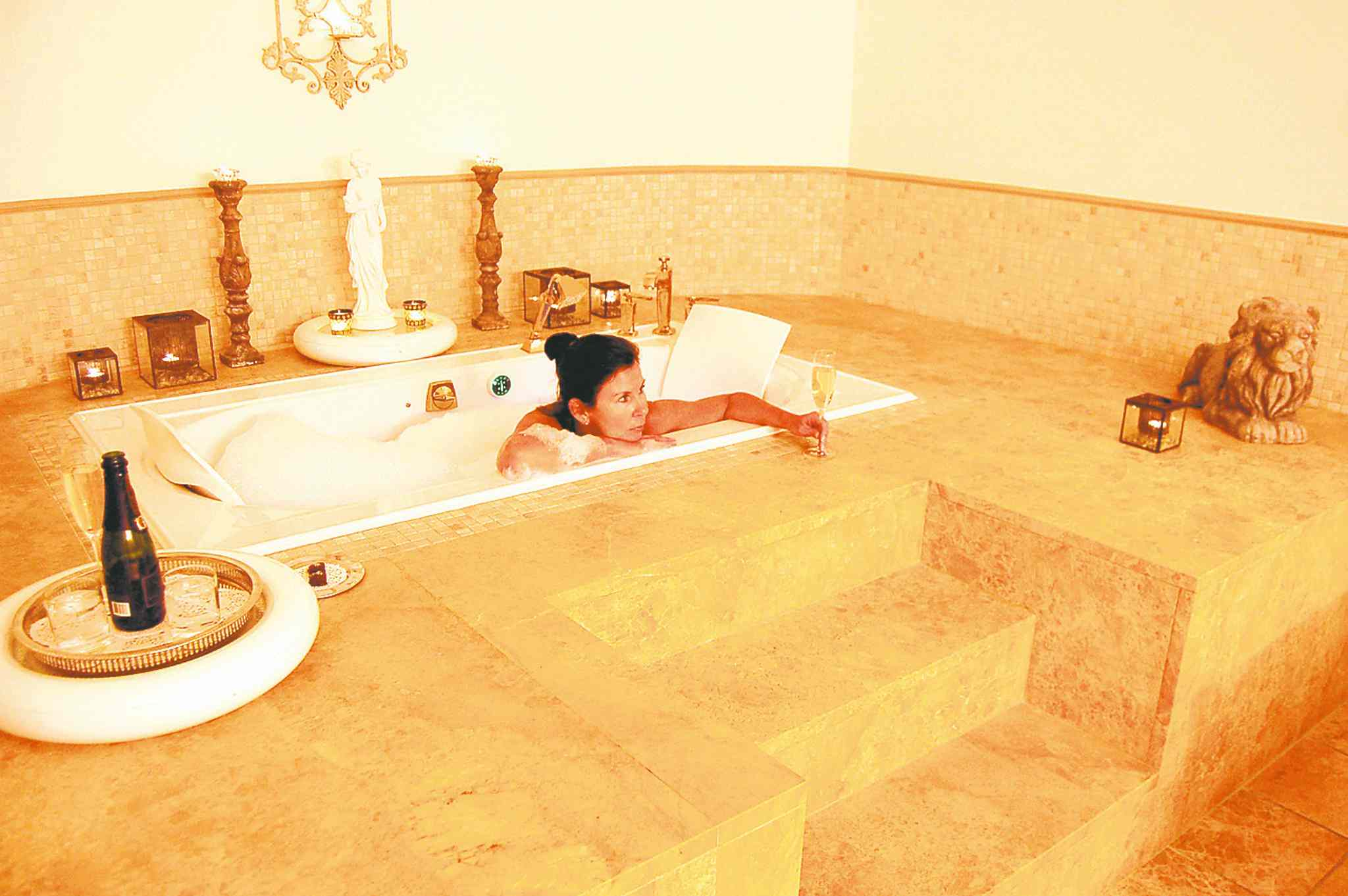The Empress Sissi spa treatment features a milk and honey bath before a side-by-side couples massage.