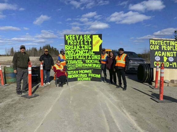 Facebook.com</p><p>A group from Tataskweyak Cree Nation block Provincial Road 280 to Manitoba Hydro's Keeyask generating station construction site.</p></p>