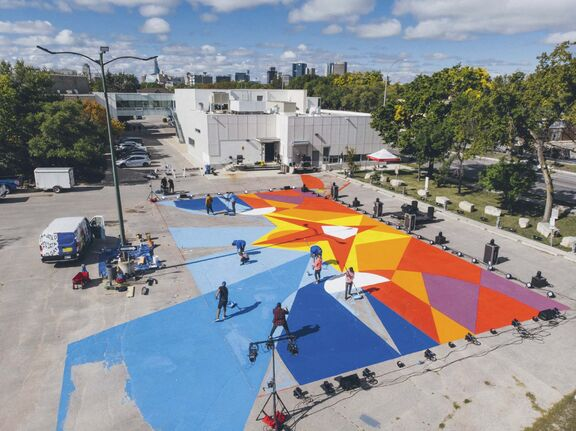 Peatr Thomas's parking lot mural will be used as a stage for dance and theatre performances this month during the Wall-to-Wall Mural and Culture Festival.</p>