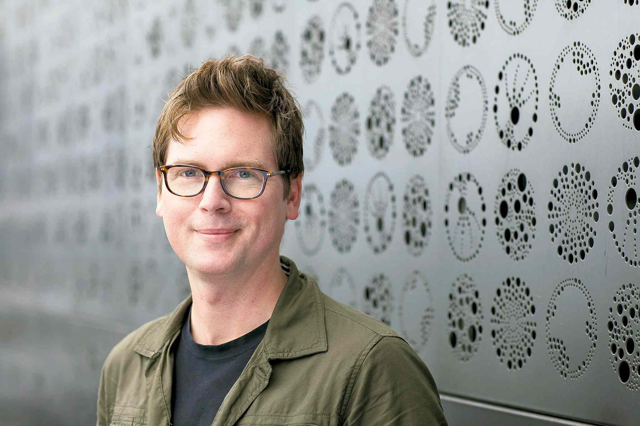 Biz Stone's book could use more behind-the-scenes stories and fewer uplifting generalizations.